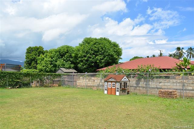 Photo of home for sale at 67-349 Kaliuna Street, Waialua HI