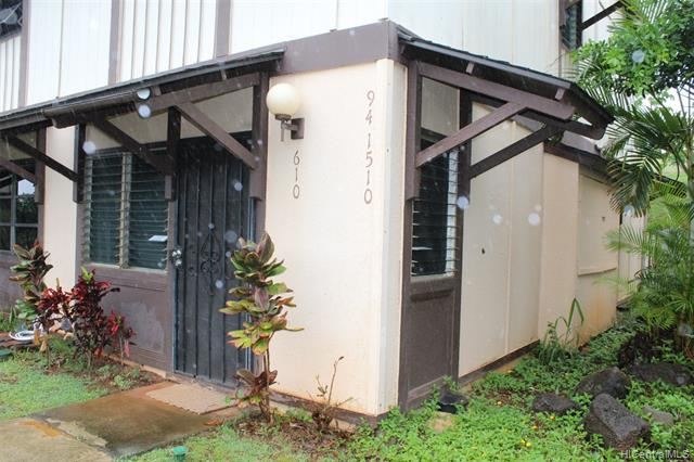 Photo of home for sale at 94-1510 Lanikuhana Avenue, Mililani HI
