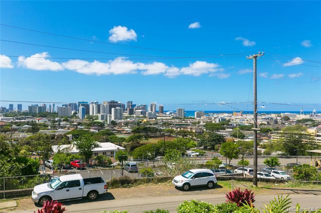 Photo of home for sale at 1040 Hala Drive, Honolulu HI