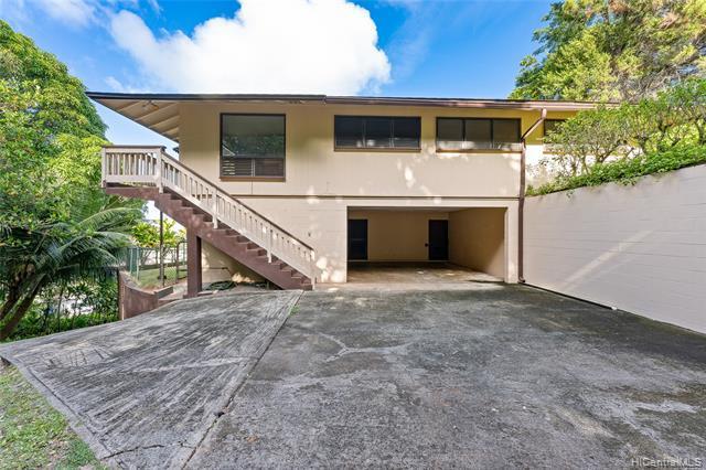 Photo of home for sale at 45-622 Keaahala Road, Kaneohe HI