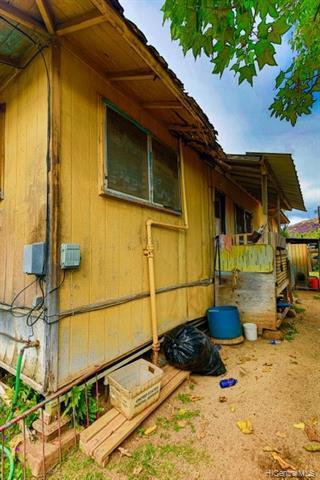 Photo of home for sale at 87-118 Kimo Street, Waianae HI