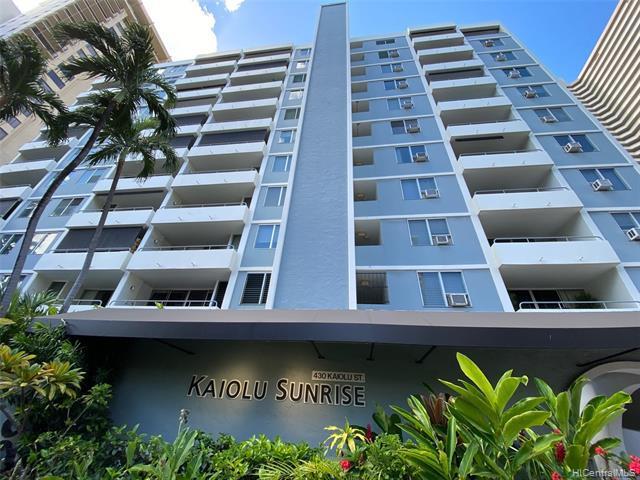 Photo of home for sale at 430 Kaiolu Street, Honolulu HI