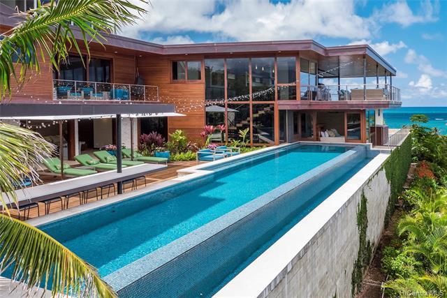 Photo of home for sale at 859 Aalapapa Drive, Kailua HI