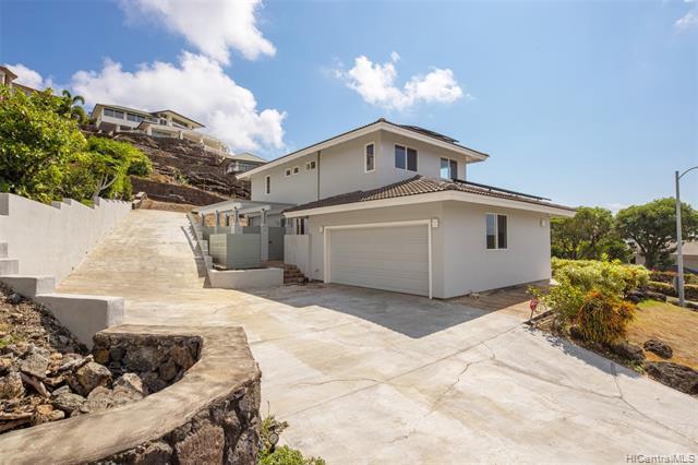 Photo of home for sale at 1185 Kamehame Drive, Honolulu HI