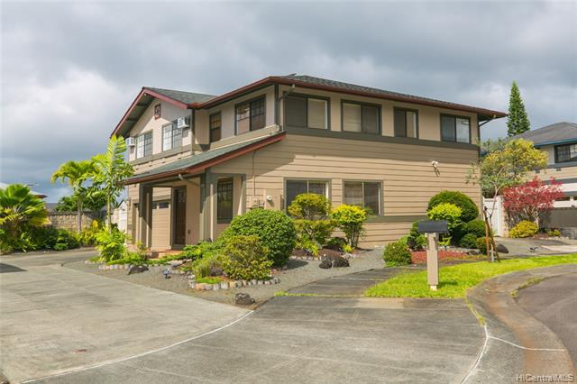 Photo of home for sale at 95-1020 Anopili Street, Mililani HI