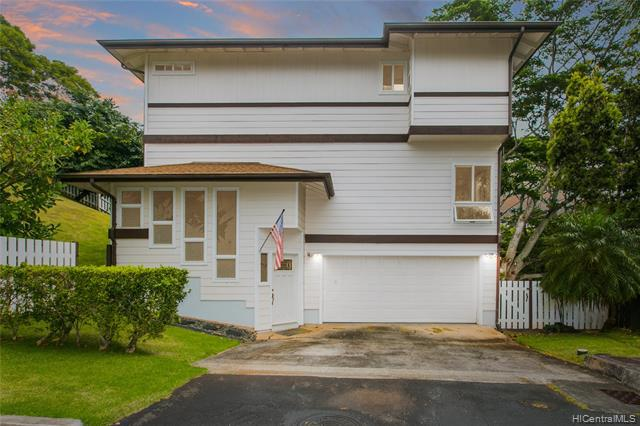 Photo of home for sale at 99-1383 Aiea Heights Drive, Aiea HI
