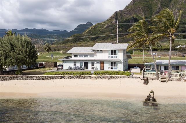 Photo of home for sale at 49-555 Kamehameha Highway, Kaneohe HI