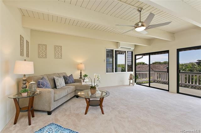 Photo of home for sale at 2787 Kalawao Street, Honolulu HI