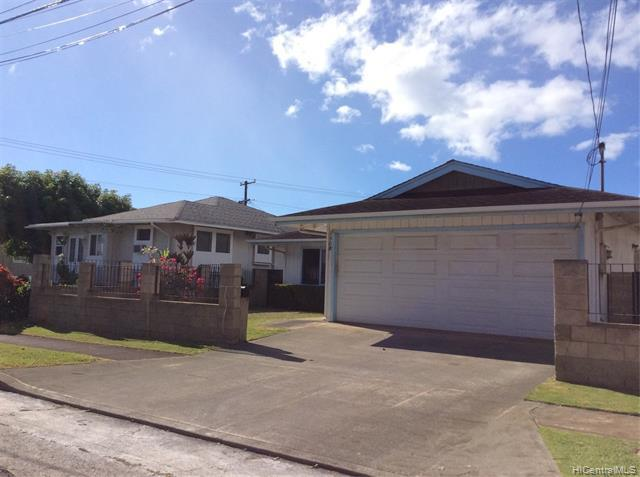 Photo of home for sale at 1508 Farrington Street, Honolulu HI
