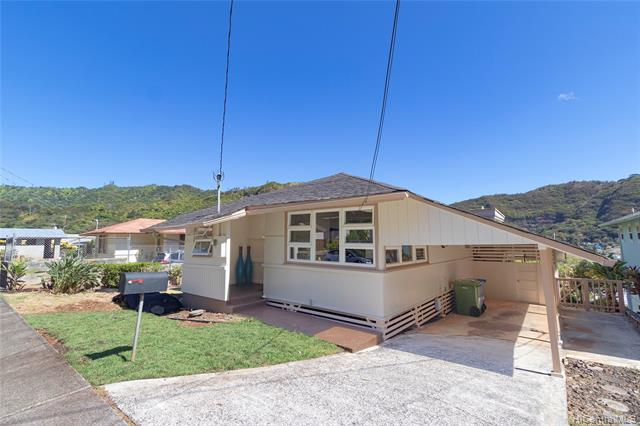 Photo of home for sale at 2437 Myrtle Street, Honolulu HI