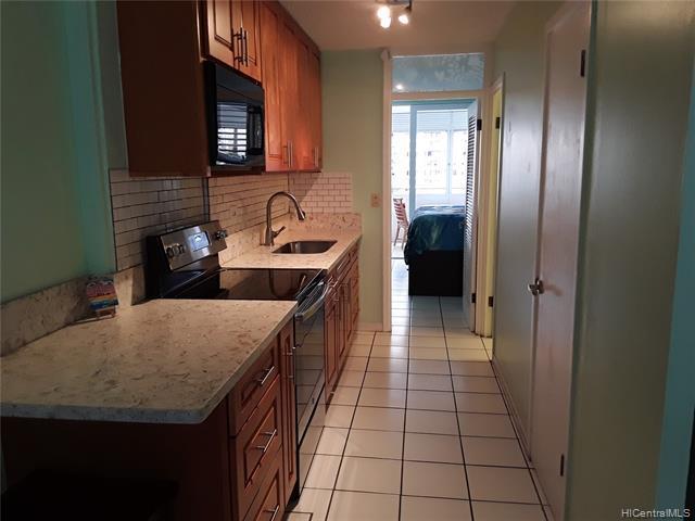 Photo of home for sale at 425 Ena Roads, Honolulu HI