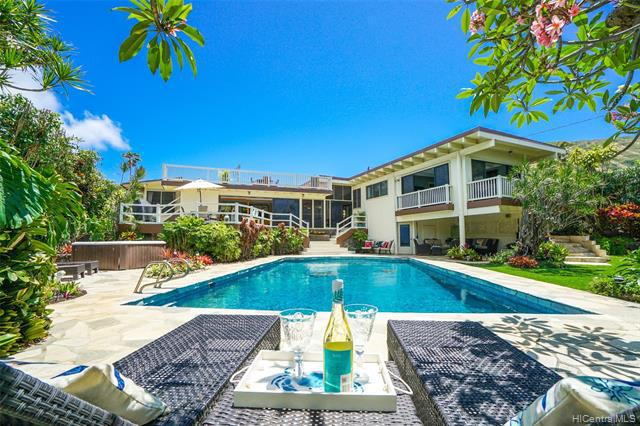 Photo of home for sale at 469 Portlock Road, Honolulu HI