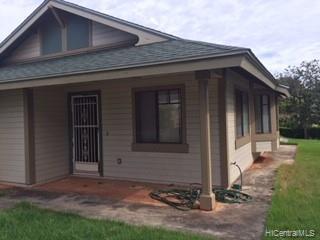 Photo of home for sale at 94-1176 Keahua Loop, Waipahu HI