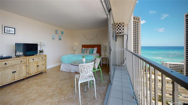 Photo of home for sale at 2427 Kuhio Avenue, Honolulu HI