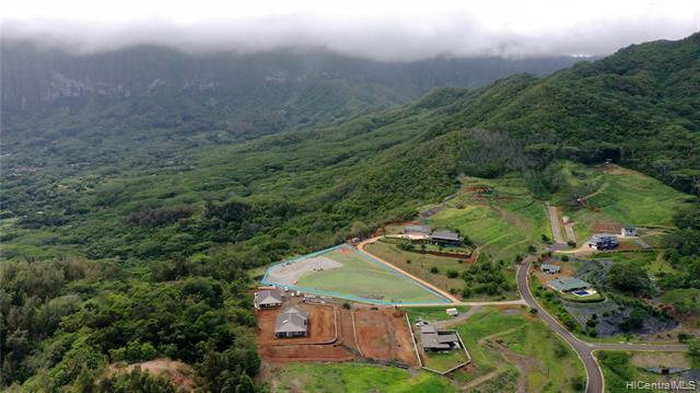 Photo of home for sale at 42-100 Old Kalanianaole Road, Kailua HI