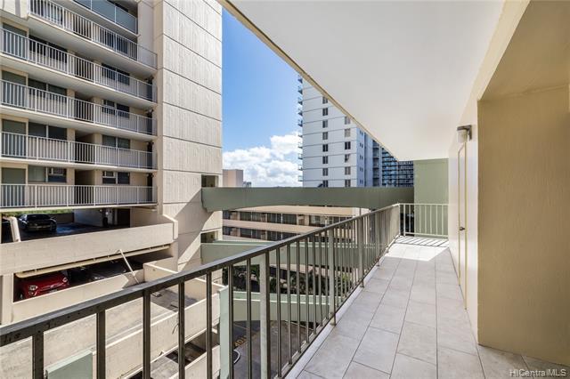 Photo of home for sale at 2222 Aloha Drive, Honolulu HI