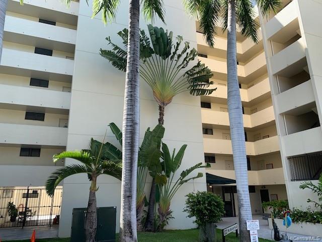 Photo of home for sale at 1054 Green Street, Honolulu HI