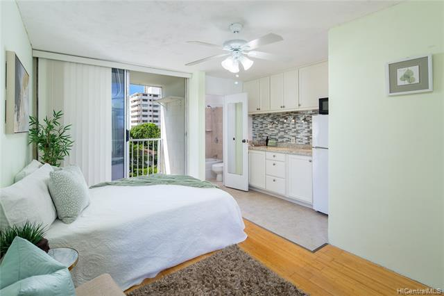 Photo of home for sale at 249 Kapili Street, Honolulu HI