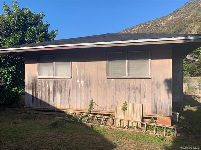 Photo of home for sale at 1760 Ala Aolani Place, Honolulu HI