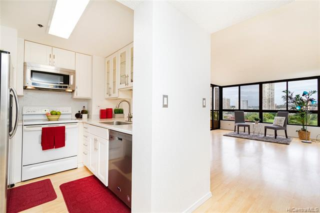 Photo of home for sale at 5333 Likini Street, Honolulu HI