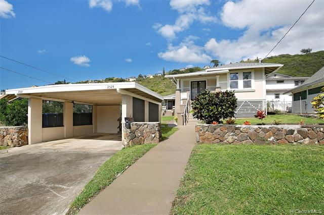Photo of home for sale at 2522 Puunui Avenue, Honolulu HI