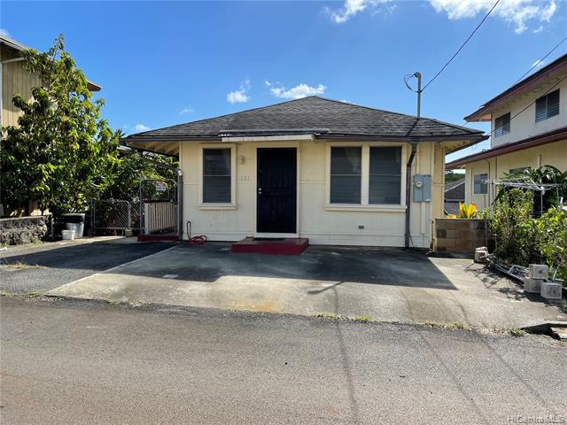 Photo of home for sale at 621 Ihe Street, Honolulu HI