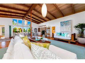 Property for sale at 4208 Kaimanahila Street, Honolulu,  Hawaii 96816