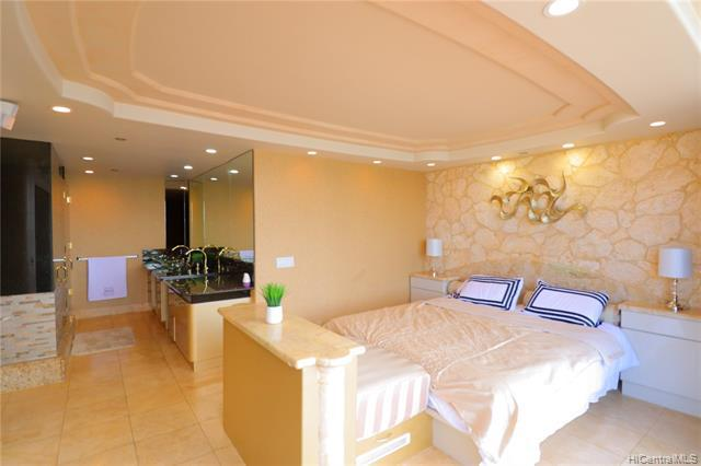 Photo of home for sale at 425 South Street, Honolulu HI
