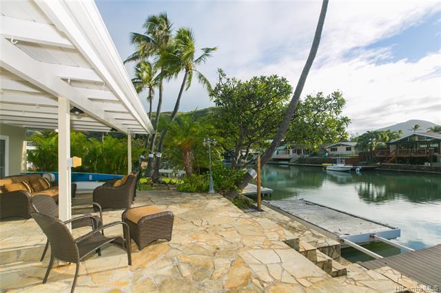 Photo of home for sale at 6266 Keokea Place, Honolulu HI