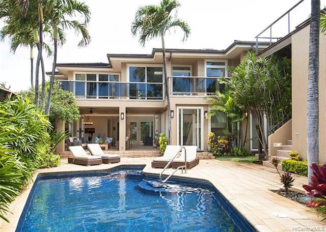 Photo of home for sale at 224 Kulamanu Place, Honolulu HI