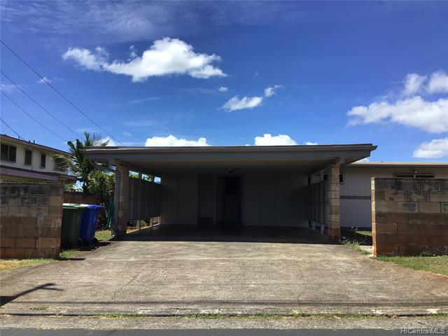 Photo of home for sale at 1644 Makamua Street, Pearl City HI