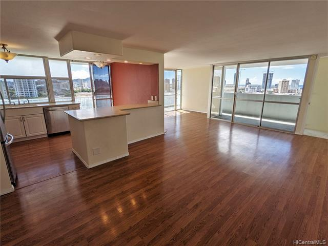 Photo of home for sale at 1325 Wilder Avenue, Honolulu HI