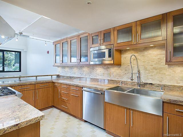 Photo of home for sale at 720 Kapiolani Boulevard, Honolulu HI