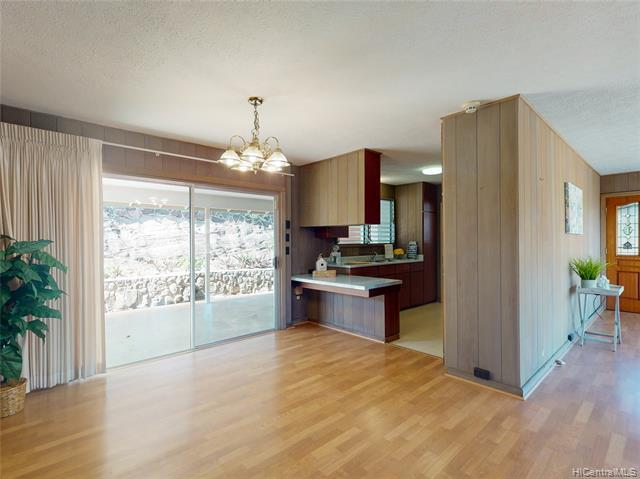 Photo of home for sale at 3470 Ala Hapuu Street, Honolulu HI