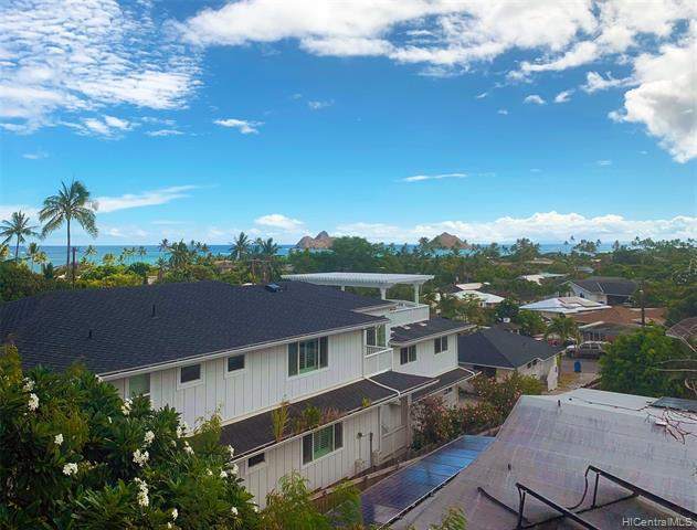 Photo of home for sale at 871 Aalapapa Drive, Kailua HI