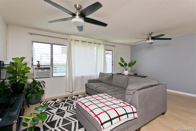 Photo of home for sale at 46-267 Kahuhipa Street, Kaneohe HI