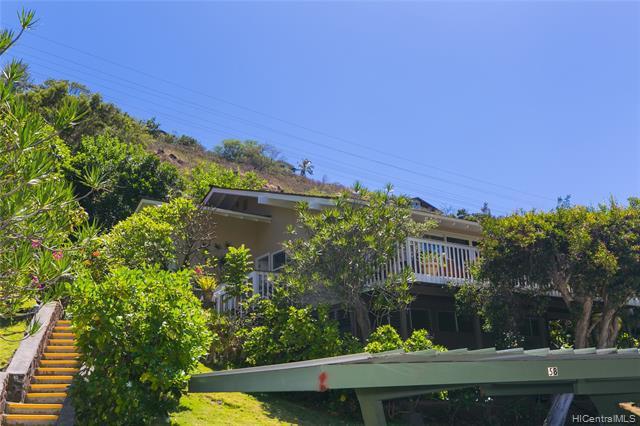 Photo of home for sale at 1521 Kalaniwai Place, Honolulu HI