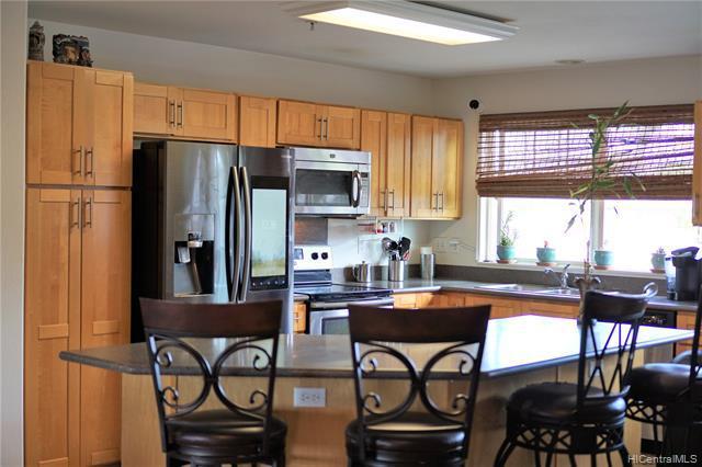 Photo of home for sale at 91-1259 Kamaaha Avenue, Kapolei HI