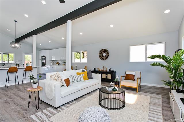 Photo of home for sale at 6806 Niumalu Loop, Honolulu HI