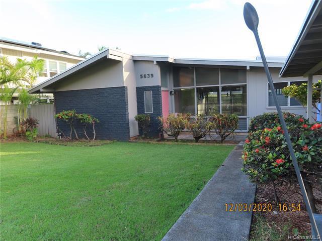 Photo of home for sale at 5639 Halekamani Street, Honolulu HI