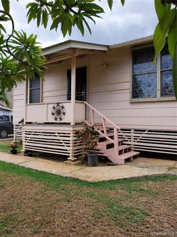 Photo of home for sale at 84-570 Farrington Highway, Waianae HI