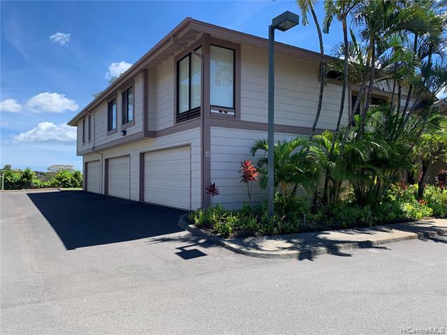Photo of home for sale at 98-1777 Kaahumanu Street, Aiea HI