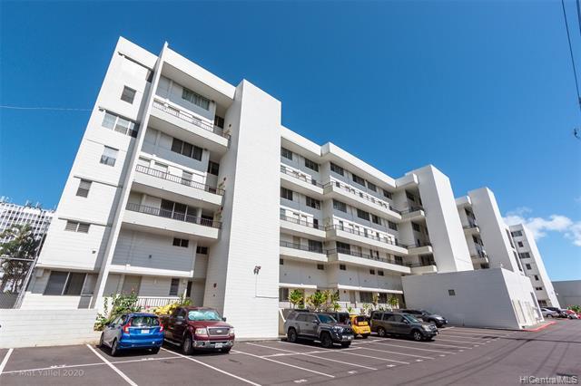 Photo of home for sale at 46-270 Kahuhipa Street, Kaneohe HI