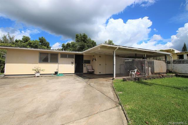 Photo of home for sale at 2398 Apoepoe Street, Pearl City HI