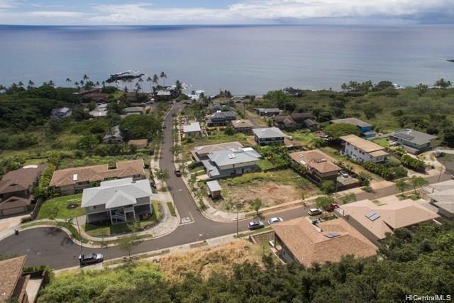 Photo of home for sale at 61-1028 Tutu Place, Waialua HI