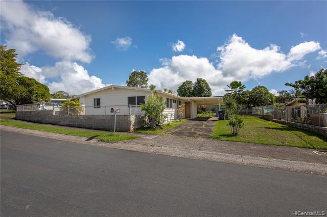 Photo of home for sale at 2219 Aupaka Street, Pearl City HI