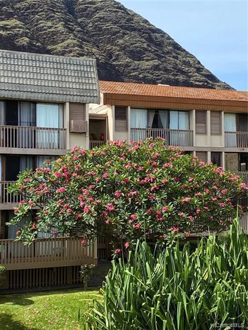 Photo of home for sale at 84687 Ala Mahiku Street, Waianae HI
