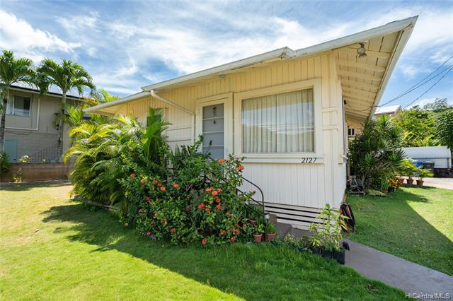 Photo of home for sale at 2127 Kalihi Street, Honolulu HI