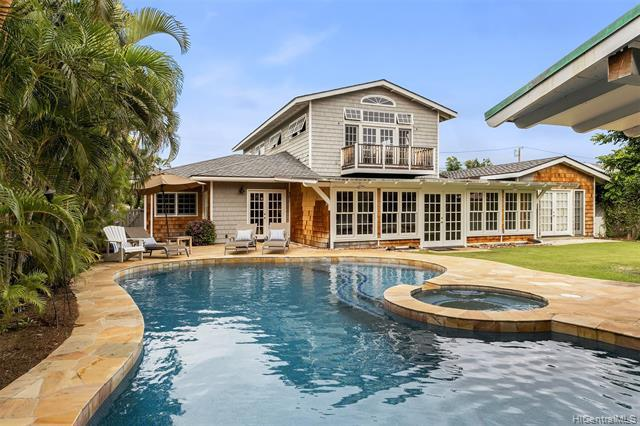 Photo of home for sale at 4515 Aukai Avenue, Honolulu HI