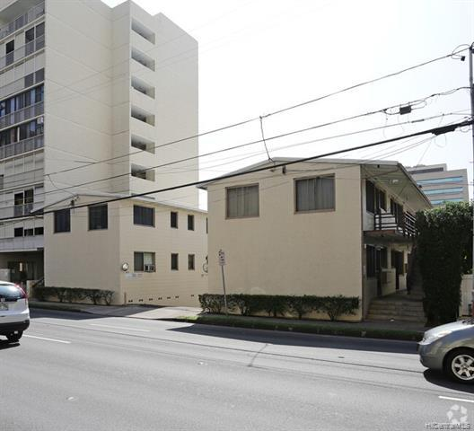 Photo of home for sale at 819 Kinau Street, Honolulu HI